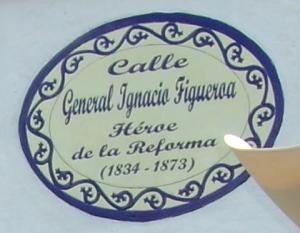 """Calle principal de Juliantla """"General Ignacio Figueroa"""""""